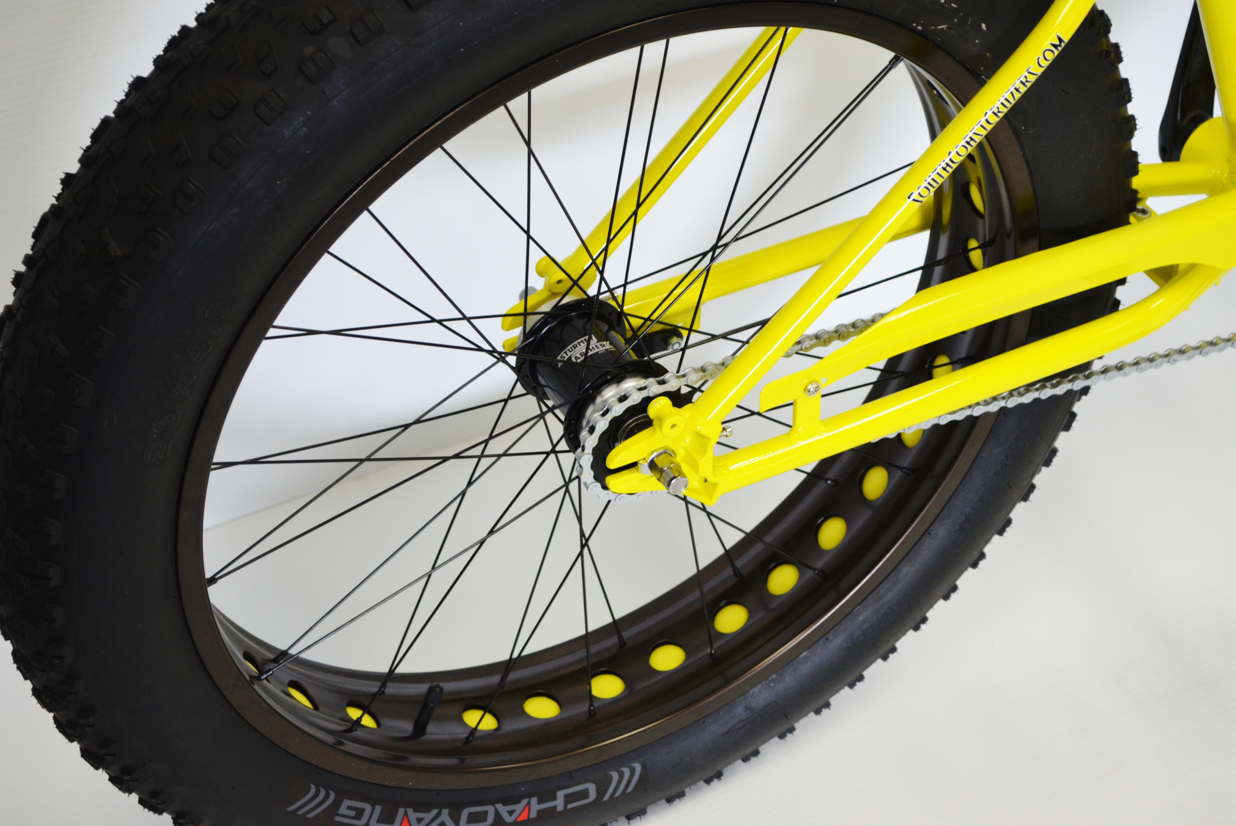 Yello Fat Boy Rear Wheel Four Wheel 2 And 4 Person